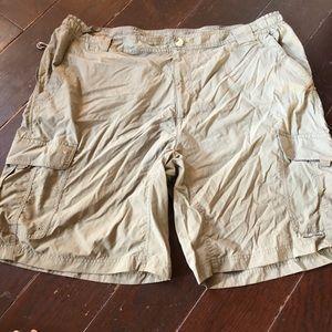 Columbia shorts xxl